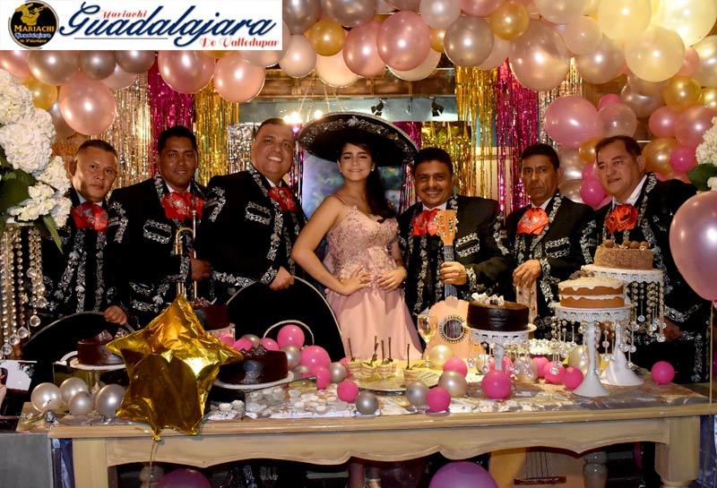 cumpleaños con mariachis